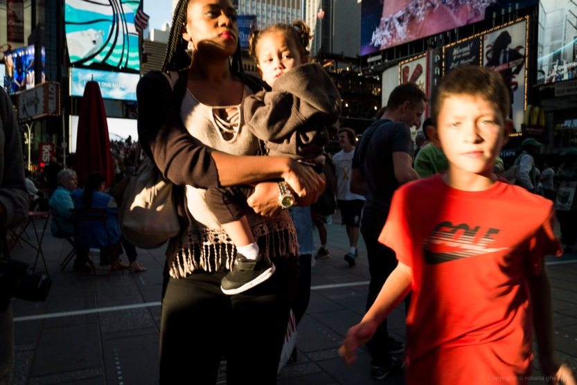 Street Times Square Boy Red Shirt Mom L&S 2016
