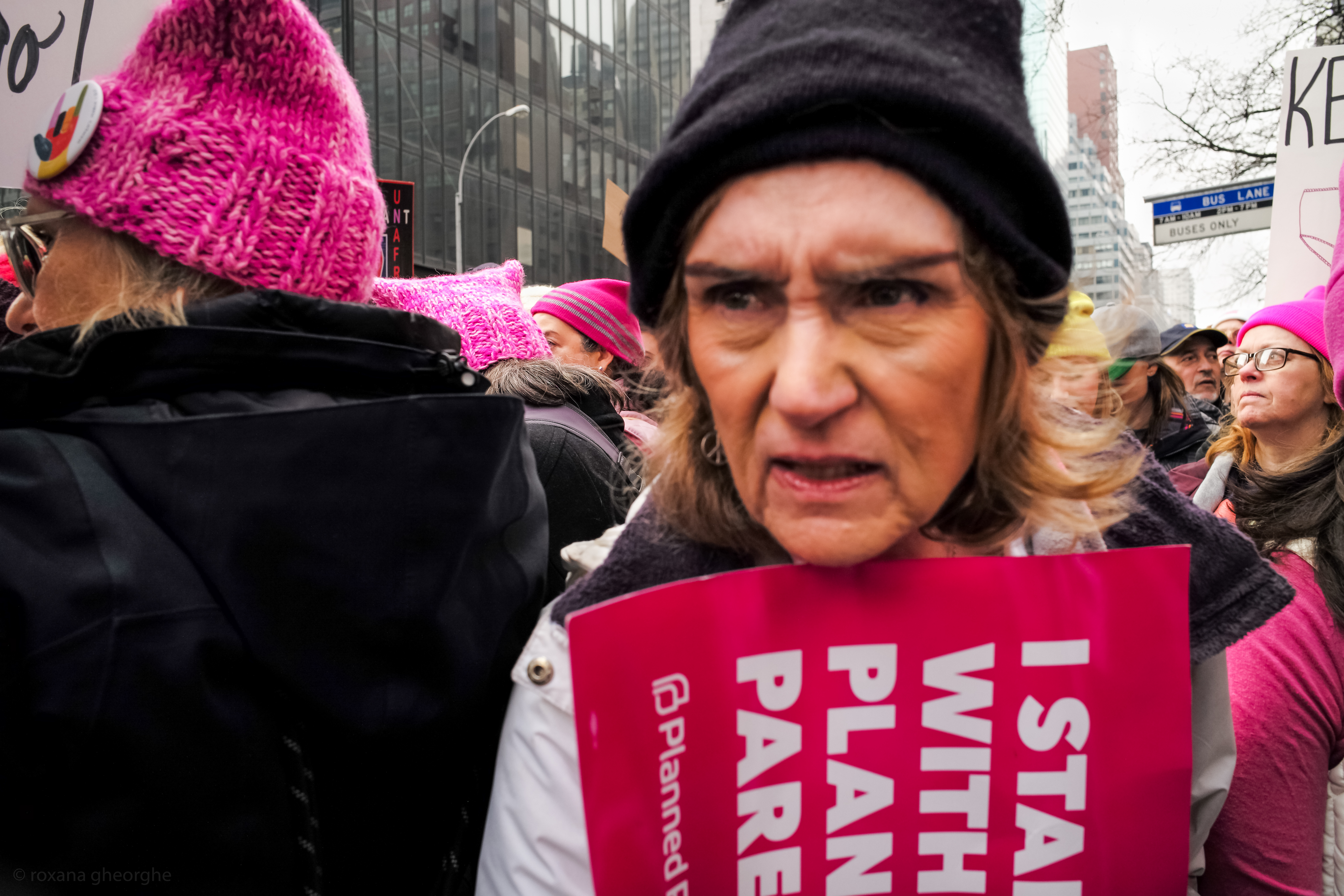 Close Up Women March 2017 01 21 1006576